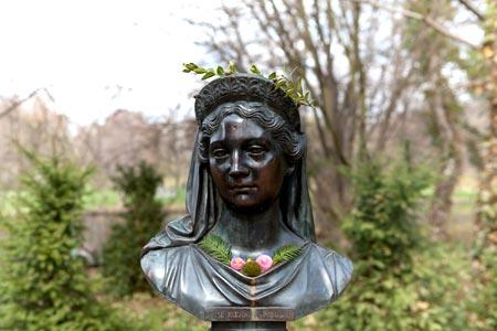 Büste der Luise Königin-von-Preussen